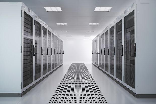 server-racks-airconditioned-room-153686889-100265580-primary.idge