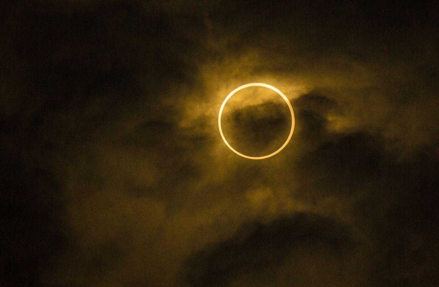 solareclipse100526609orig100693873orig